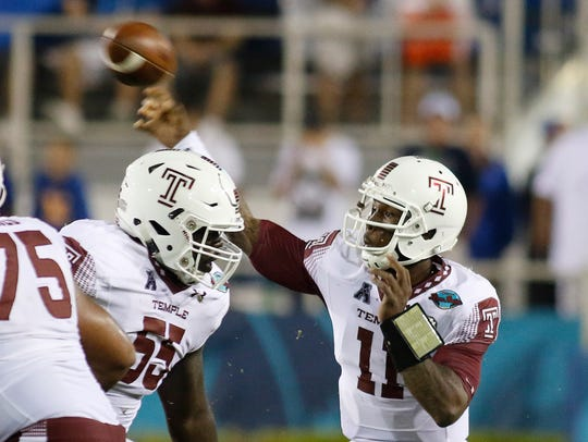 Temple quarterback Phillip Walker (11) beat Penn State