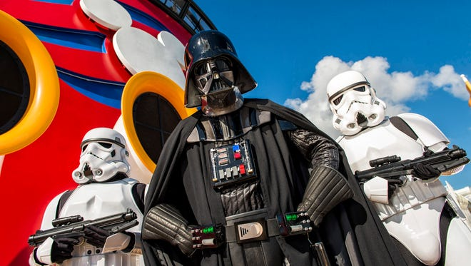Star Wars-themed days will return to Disney Fantasy sailings in 2018.