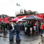 Gallery | Tailgating before St. X-Trinity football