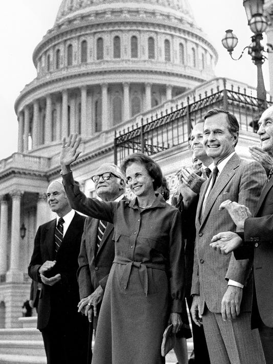 Sen. Barry Goldwater with politicians
