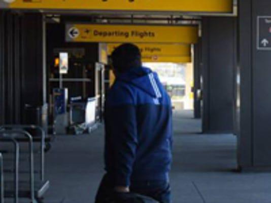 newark-airport-security.jpg