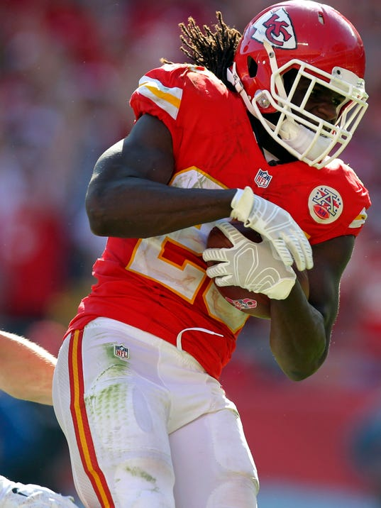 Chiefs Score 34 Unanswered In 34 7 Rout Of Rams