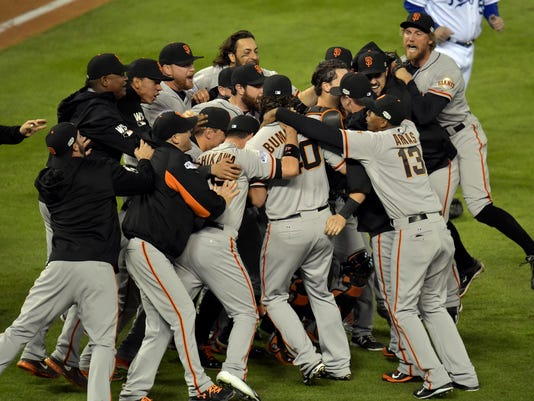 giants celebrate title 10 29