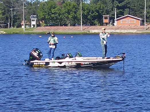 Lake mohawksin hosts final qualifier in fishing series for Wisconsin fishing tournaments