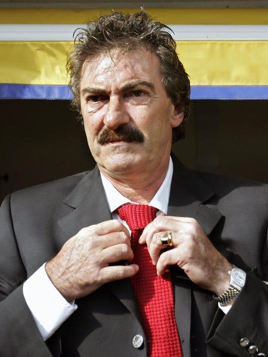 Boca Juniors' head coach Ricardo La Volp