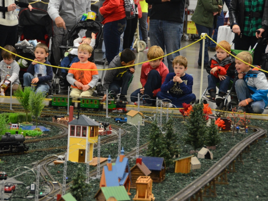 2016 trainfest