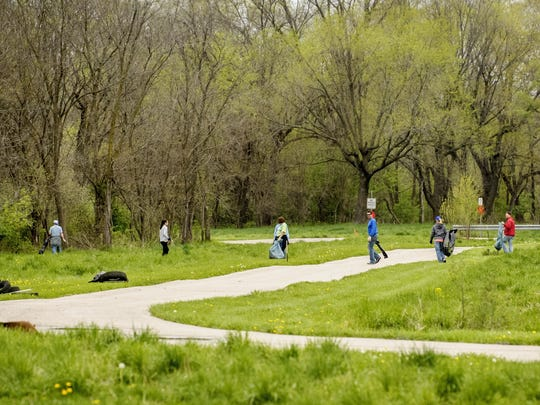 Pleasant Hill Parks and Recreation celebrated Earth Day by getting to work. Volunteers pitched in to help clean up area trails and parks.