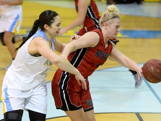 -01132017_ugf w basketball v western-b.jpg_20170113.jpg