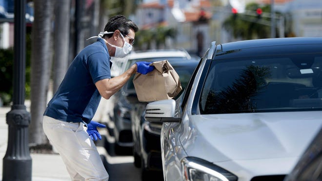 The Palm Beach Chamber will be giving away face masks to to affiliated businesses in town beginning June 22.