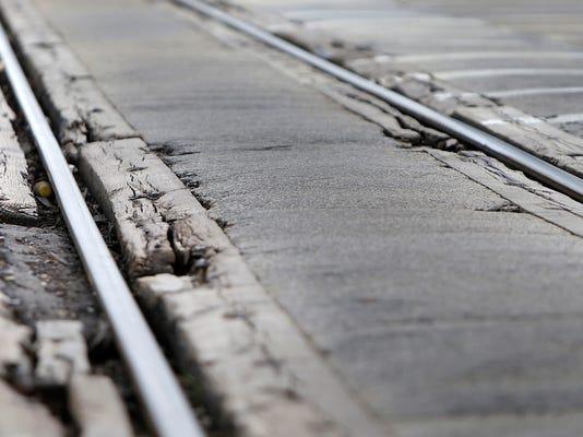 APC Train Tracks 0951 060214wag.jpg