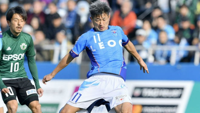 Kazuyoshi Miura (11) will turn 51 on Feb. 26, and enter his 33rd season this year.