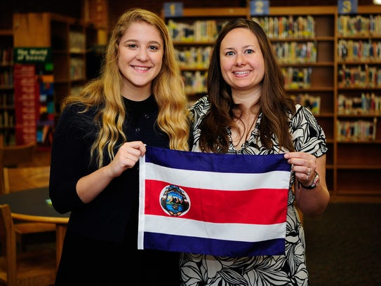 Student Riley Houser, left, and Mentor Natalie Snyder