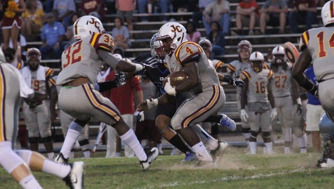 Bobcat DeShawn Smith (4) returns a kick during last week's game at Copiah-Lincoln.