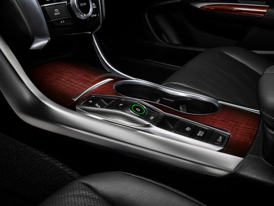 acura hits brakes on v 6 tlx sales over faulty 39 park 39. Black Bedroom Furniture Sets. Home Design Ideas