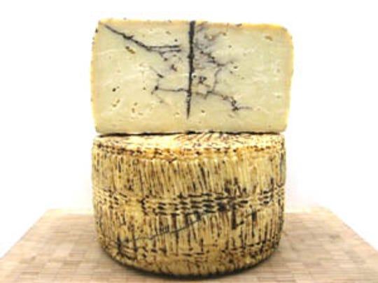 Courier-News-Cheese-Shops-Fourchette-Moliterno-al-Tartufo.jpg