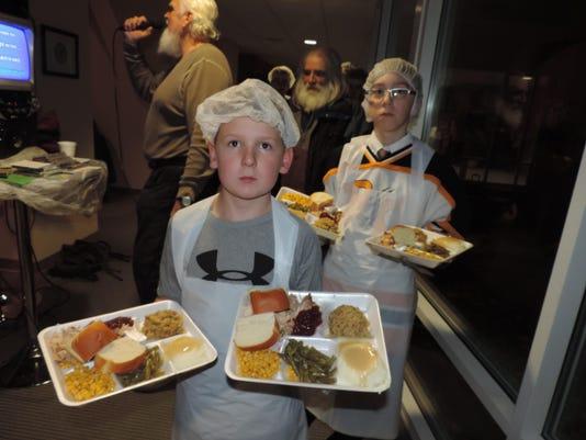 God's Kitchen - Battle Creek 11-26-14 Smoked Turkey 202
