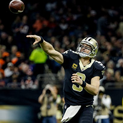 New Orleans Saints quarterback Drew Brees (9) throws