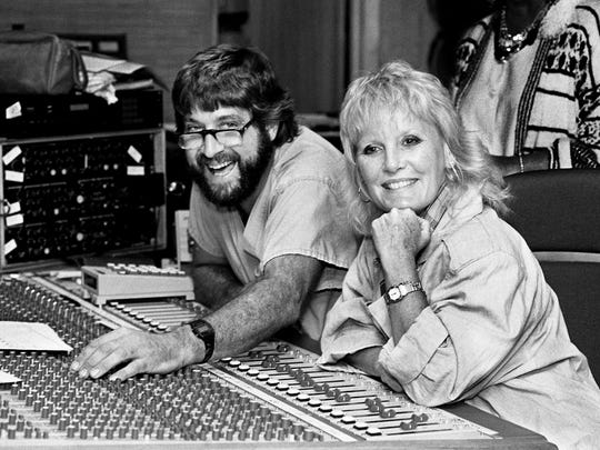 British singer Petula Clark, right, and engineer Gene Eichelberger listen at MasterÕs Touch Recording Studios Sept. 5, 1986 as Nashville session players record new instrumental tracks for ClarkÕs 1960s hits.