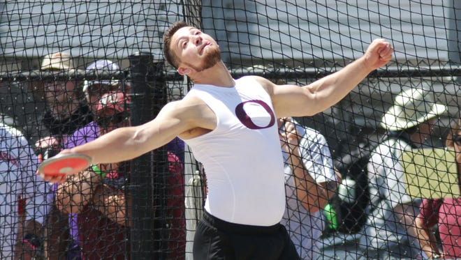 Omro's Ernie Gutierrez throws the discus during WIAA State competition Friday June 2, 2017 in La Crosse, Wis.