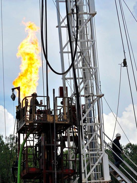 2013 201307471-TDNBrd_09-06-2013_D_1_A004~~2013~09~05~IMG_me-fracking1_1_1_T.jpg