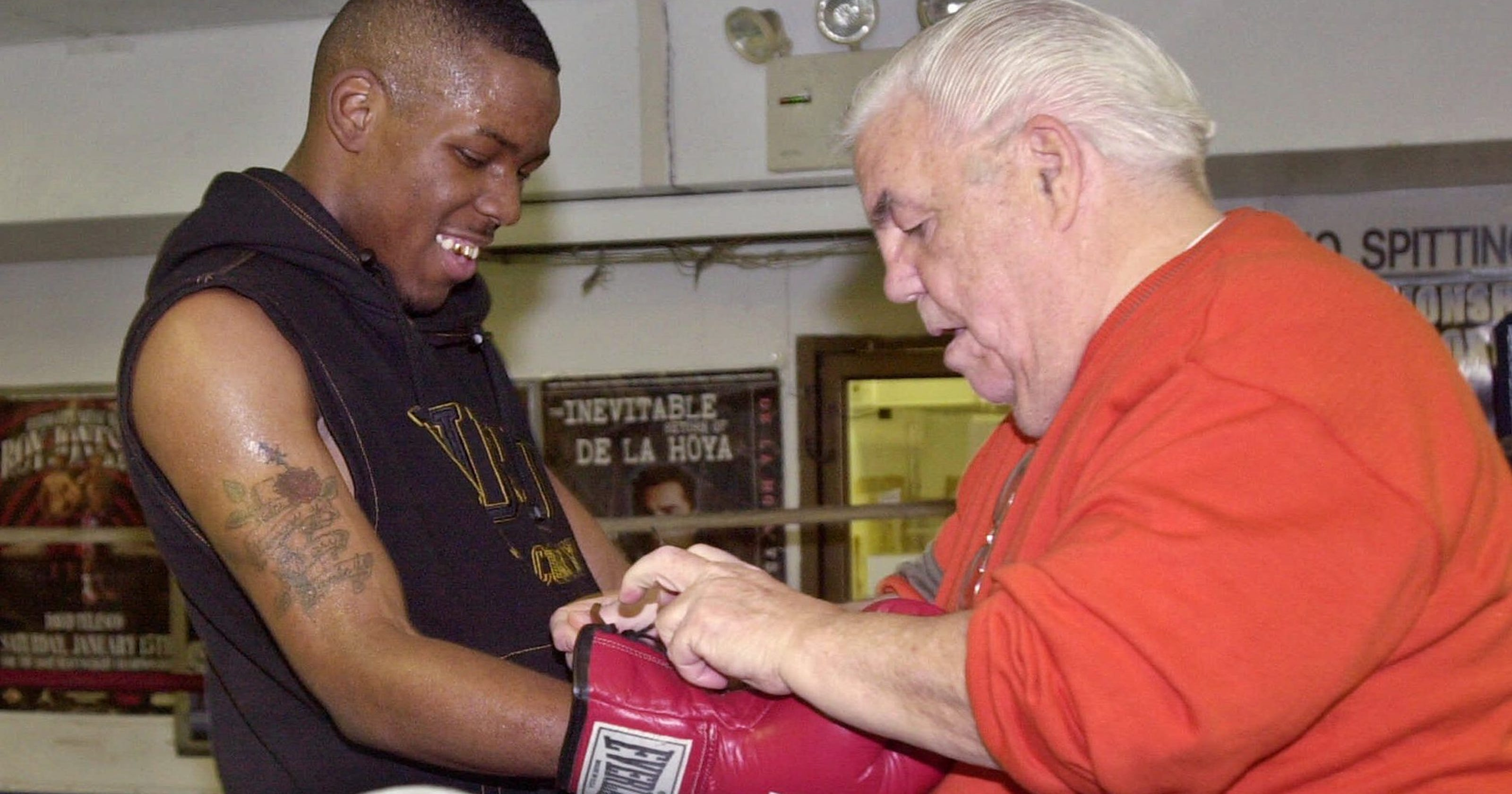 legendary boxing trainer and manager lou duva dies at age 94