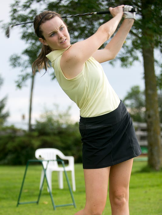 MNH 0908 golf preview 02.JPG