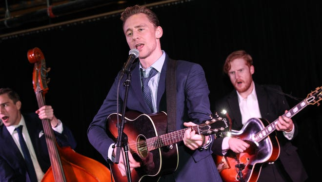 Tom Hiddleston performs Hank Williams songs at Acme Feed & Seed in Nashville, Tenn., October 17, 2015.