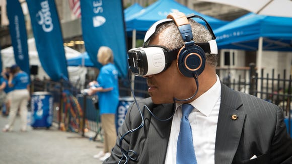 Arnold Donald, CEO of Carnival Corporation, tries out