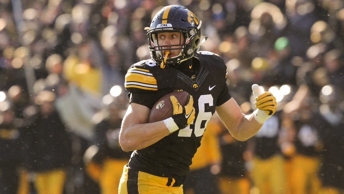As Iowa Te George Kittle Fills Out He Hopes To Fill Up Stat