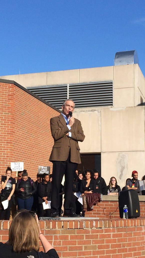 Ithaca College President Tom Rochon (Photo by Ithaca College Freshman Sammie Watts)