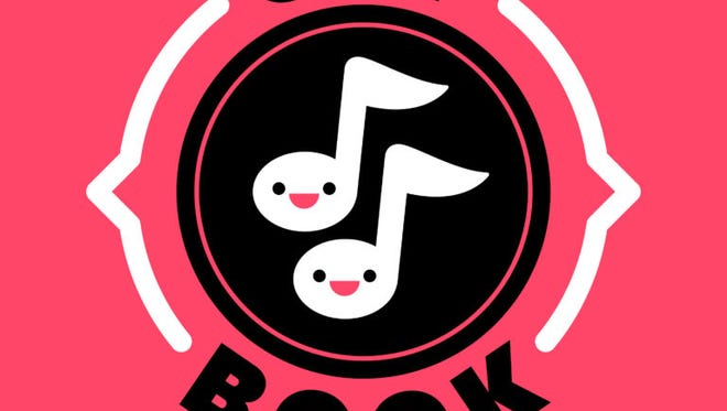 On 'Off Book,' Jessica McKenna, Zach Reino, a pianist and a guest improvise a hilarious musical every hour-long episode.