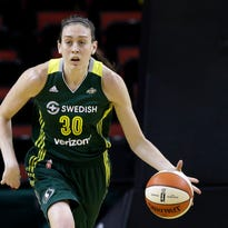 Breanna Stewart flying home from China to rehab knee