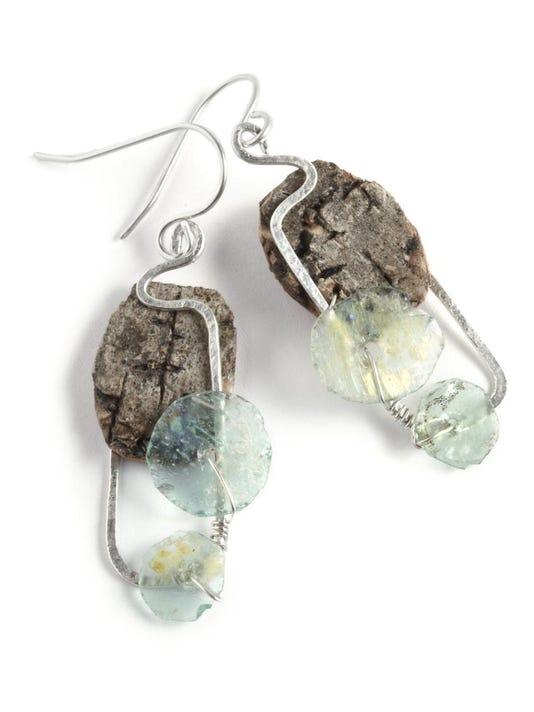 dcn 0722 edgewood tessoro trunk earrings