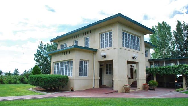 Douglass-Frey Ranch home