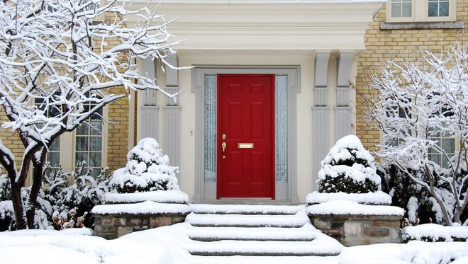 Weighing the options to sell your home in the winter months? Fear not, because with the help of a quality real estate professional homeowners can have a great sales experience even in the winter.