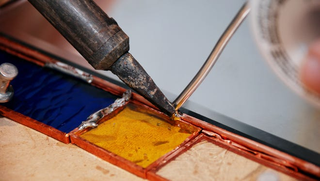 Minnetrista's will offer a stained glass workshop on April 1.