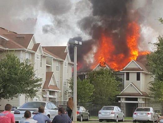 Tivoli Fire Near Ucf Leaves 75 Residents Displaced Math Wallpaper Golden Find Free HD for Desktop [pastnedes.tk]