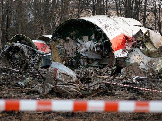 AP POLAND RUSSIA CRASH PROBE I FILE RUS