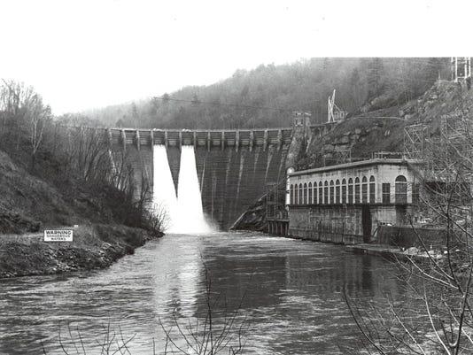 Cheoah-Dam-1990.jpg