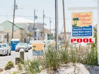 Pensacola Beach residents unhappy with letters demanding they clear public right of ways