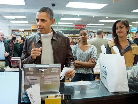 AP Obama Shopping