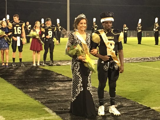 """2017 Homecoming Queen Carolyn """"Peanut"""" White and Homecoming"""