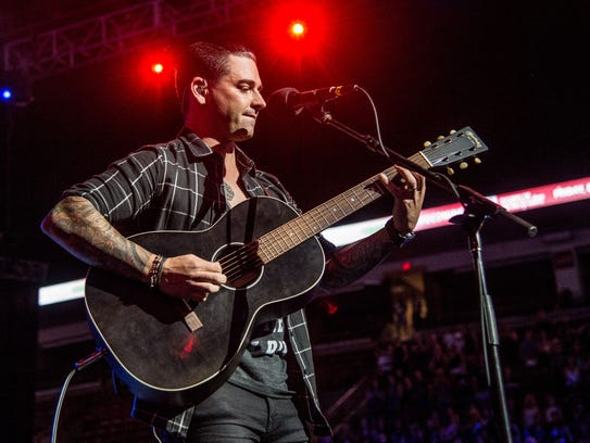 Chris Carraba of Dashboard Confessional performs during