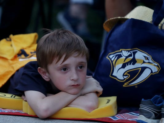 636615844946754018-preds-jets-game7-watch-08.jpg