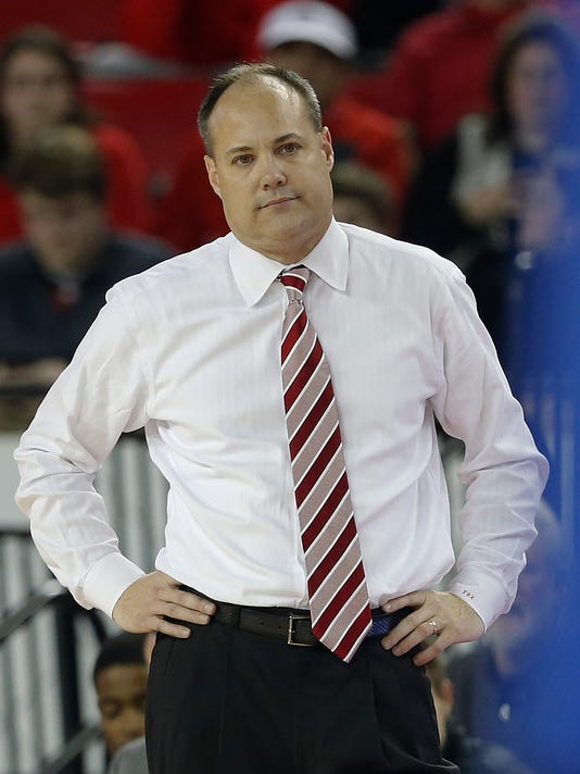 Georgia coach Mark Fox watches late in the second half of the team's NCAA college basketball game against Florida on Tuesday, Feb. 7, 2017, in Athens, Ga. Florida won 72-60. (AP Photo/John Bazemore)