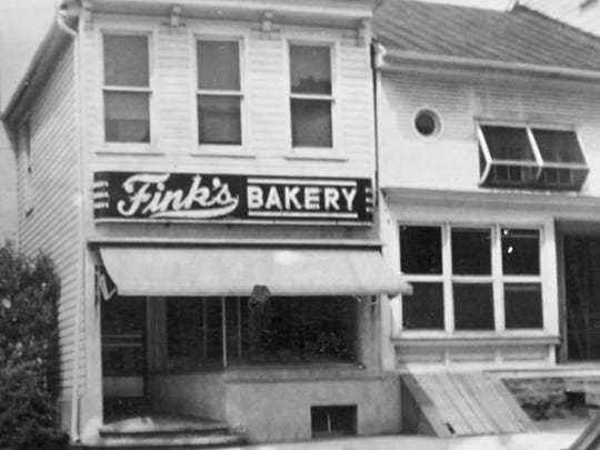 Fink's Bakery in the 1940s.