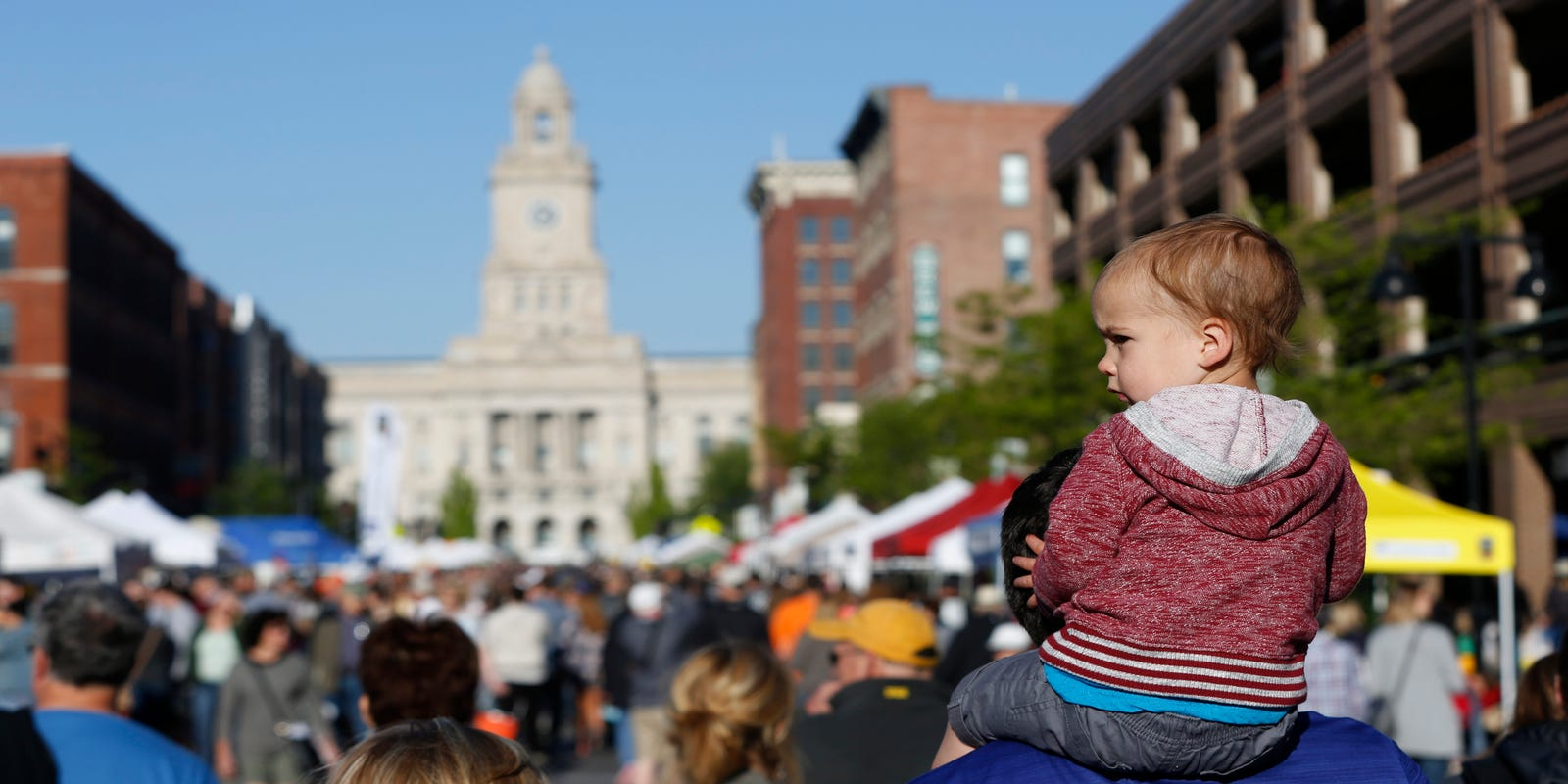 The ultimate guide to Des Moines' Downtown Farmers' Market