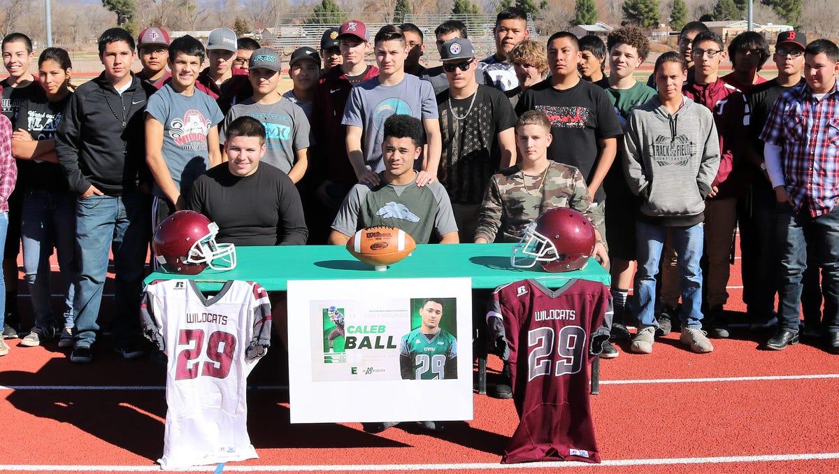 Prep Football Tularosa S Caleb Ball Inks With Eastern New Mexico