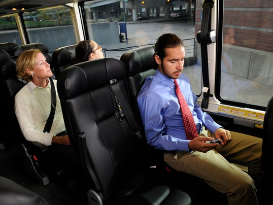 XXX greyhound-bus032