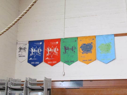 Banners show Stayton Elementary School students' participation
